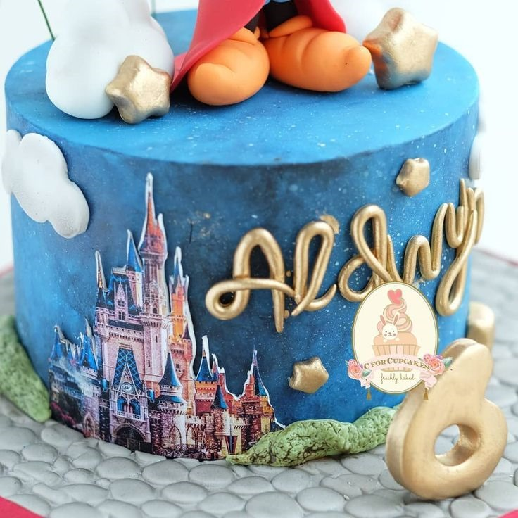 Close-up of Sorcerer Mickey Mouse 6th Birthday Cake