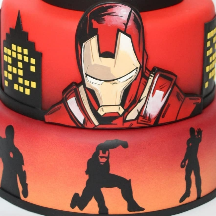 Close-up of Iron Man Cake made by Ana Brum Biscuit Designer