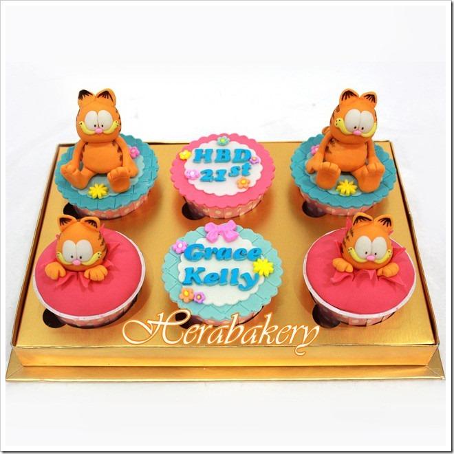 Garfield 21st Birthday Cupcakes