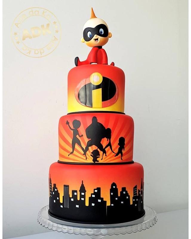 Incredibles Cake