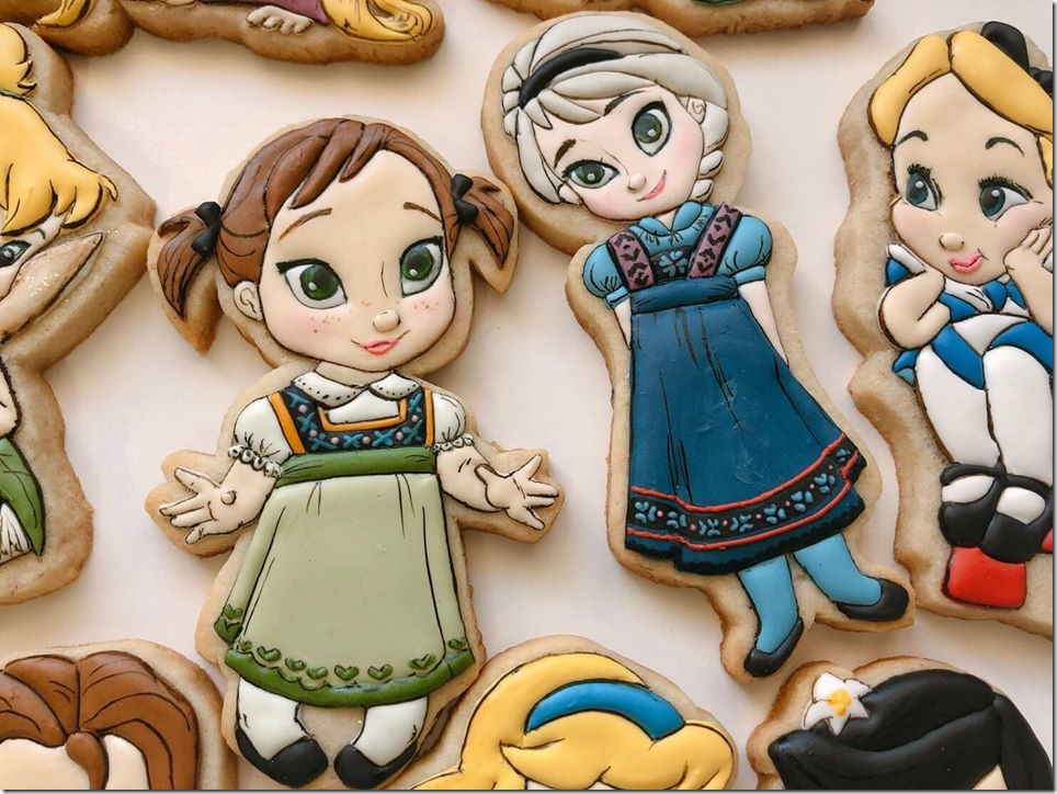 Baby Anna and Elsa Cookies