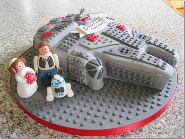 LEGO Millennium Falcon Wedding Cake