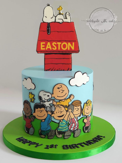 Snoopy and Peanuts cake