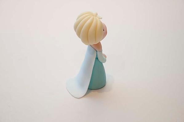 Elsa cake topper cape