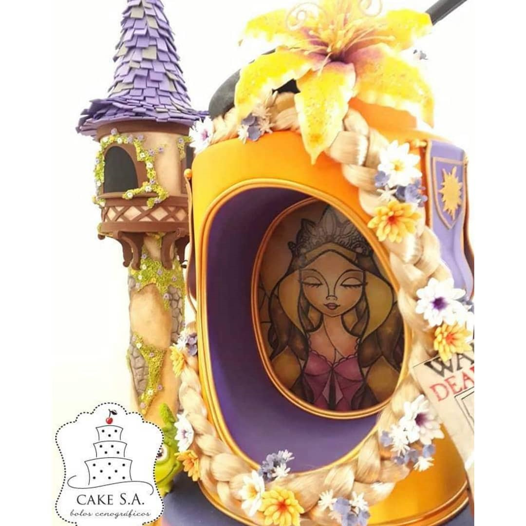 Close-up of Tangled Cake