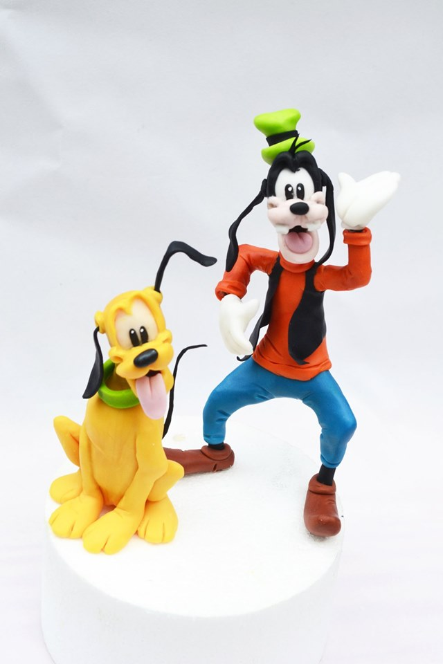 Goofy and Pluto Cake toppers