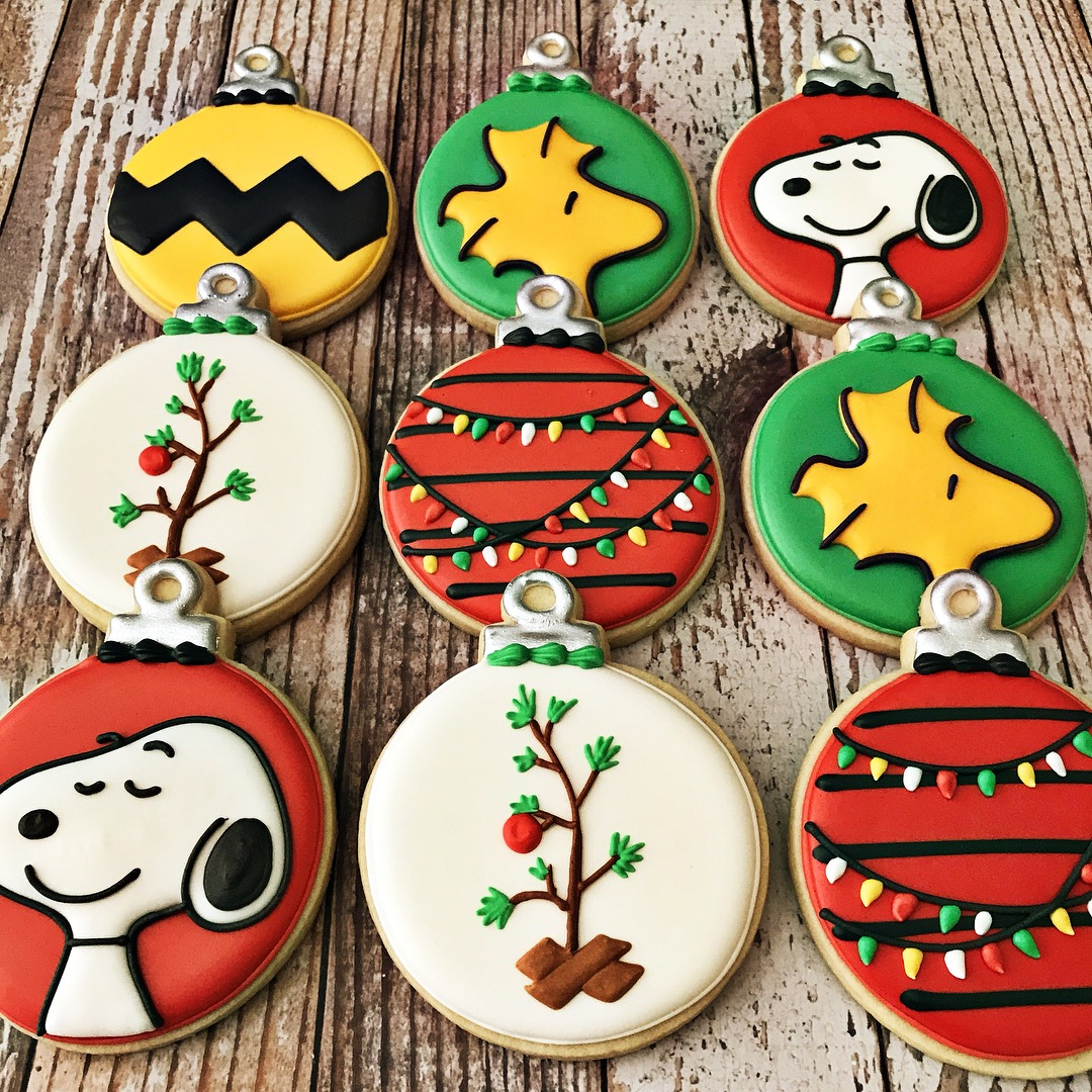 Snoopy and Woodstock Christmas Tree Ornament Cookies