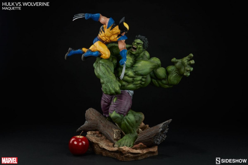 Hulk and Wolverine Maquette by Sideshow Collectibles