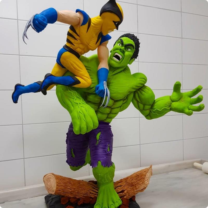 Hulk vs. Wolverine Cake