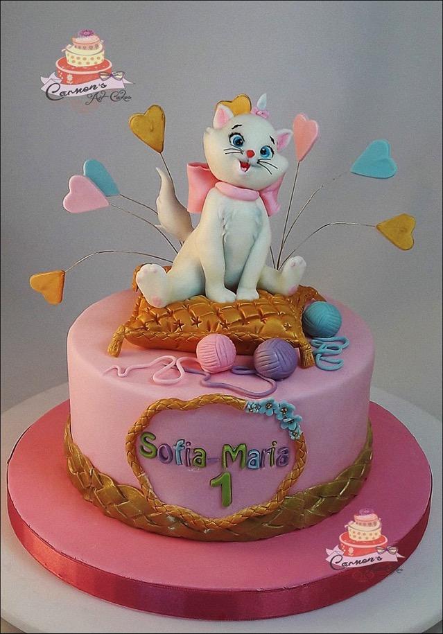 Disney Marie Cake