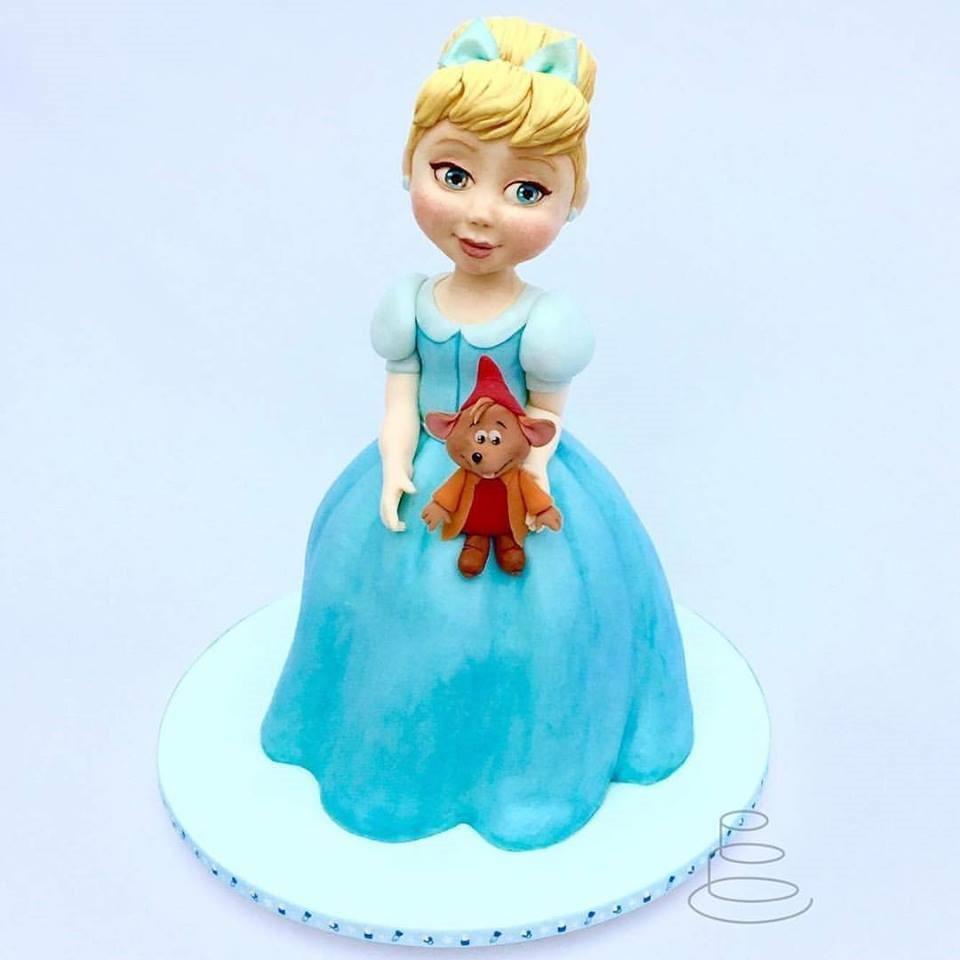 Young Cinderella Cake