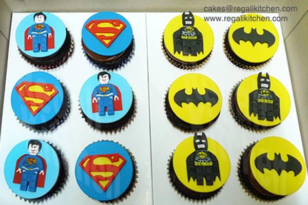 LEGO Superman & Batman Cupcakes