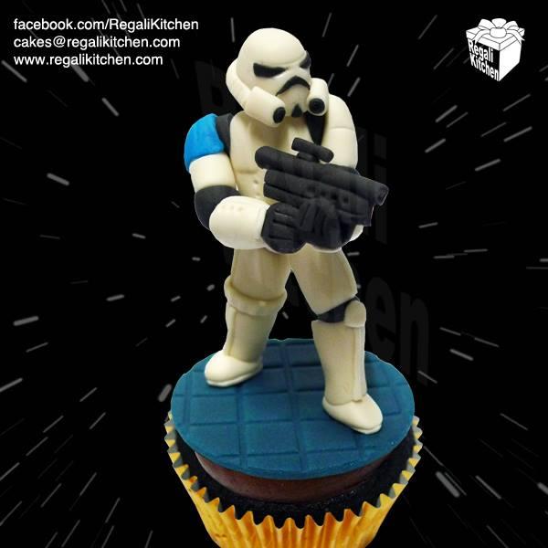Stormtrooper Cupcake