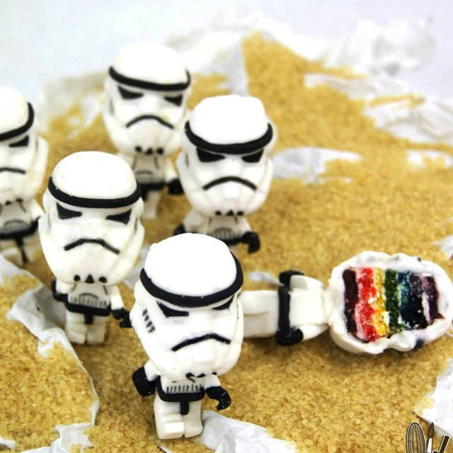 Storm Trooper Cake  toppers