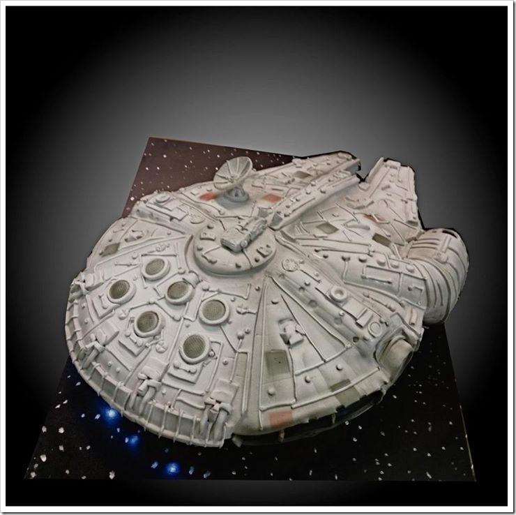 Millennium Falcon Wedding Cake