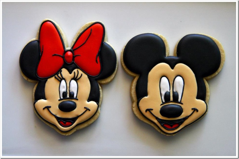 Minnie and Mickey Mouse Cookies