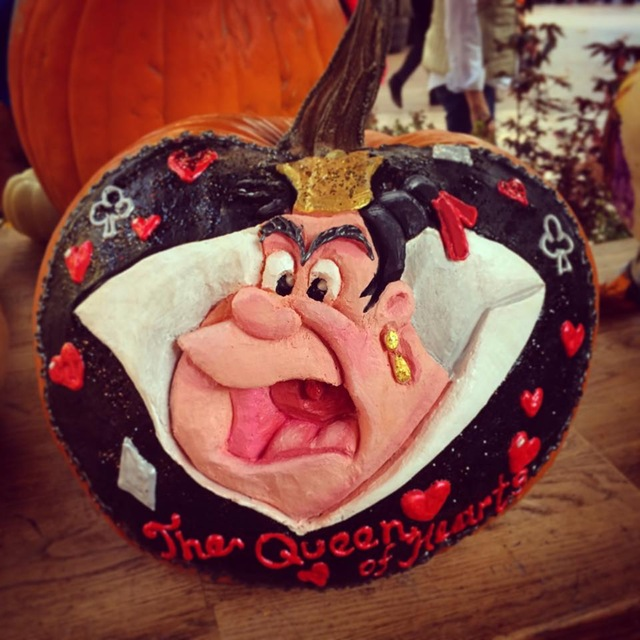 Queen of Hearts Pumpkin