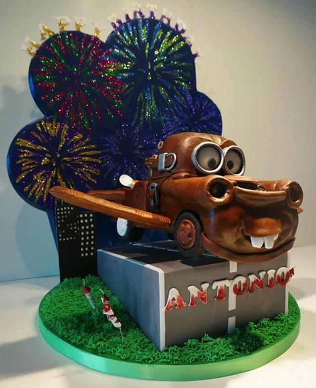 Car Tunes Cake