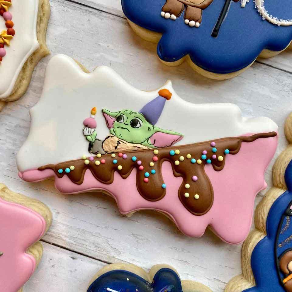 Baby-Yoda-Birthday-Cookies