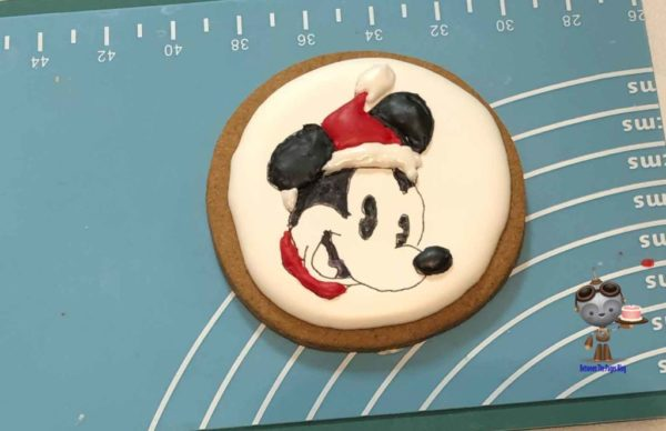 Mickey Christmas cookie