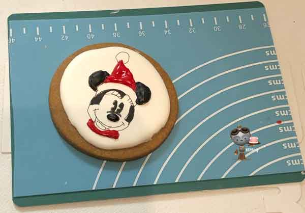 Minnie Christmas cookie