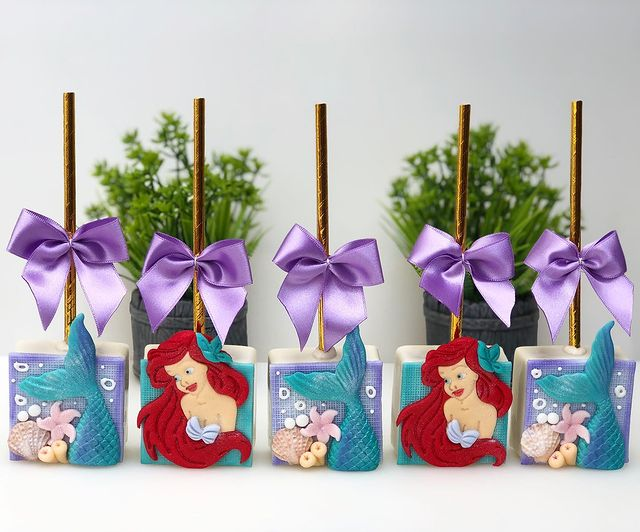 Mini Little Mermaid Cakes