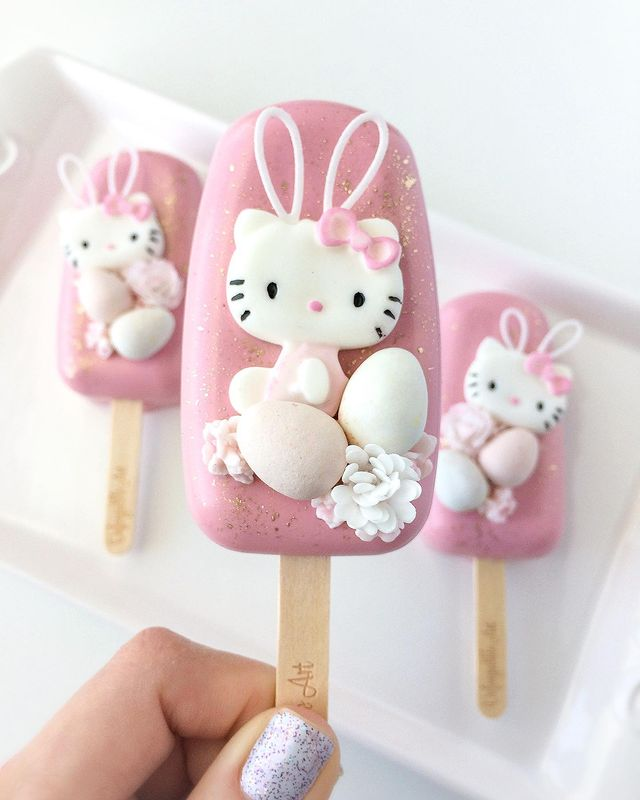Easter Hello Kitty Cakesicle