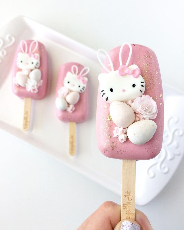 Hello Kitty Easter Cakesicle
