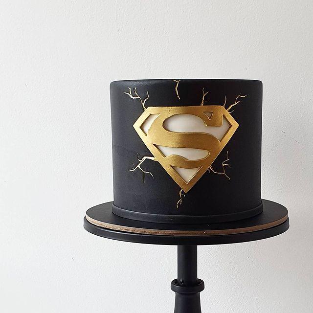 Superman Emblem Cake