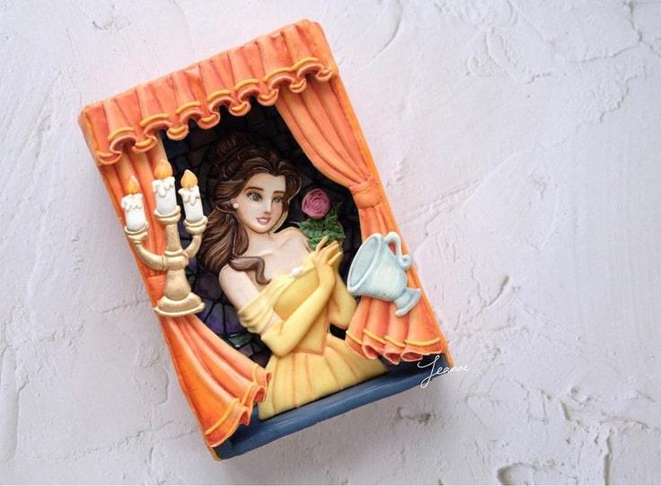 3-D Princess Belle Cookie Box