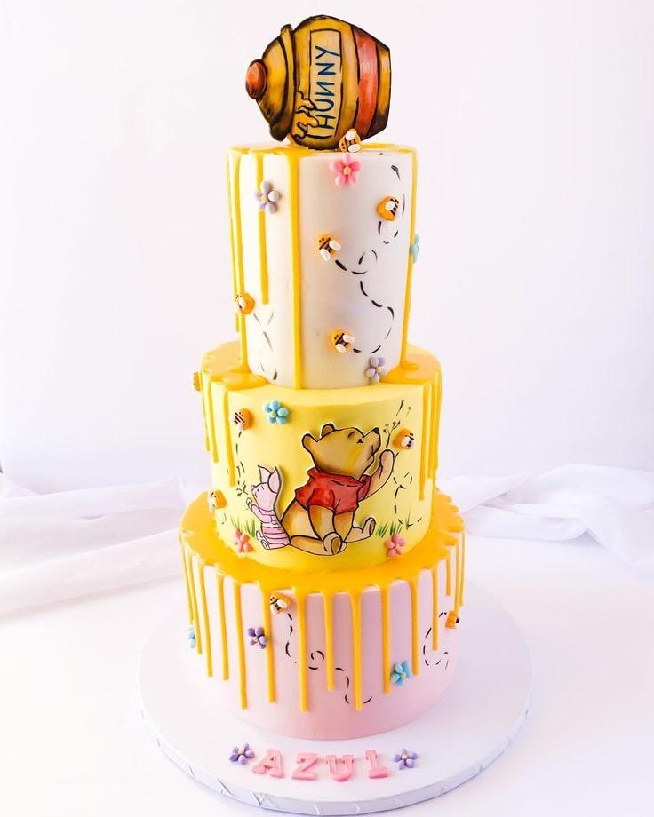Winnie The Pooh Drip Cake