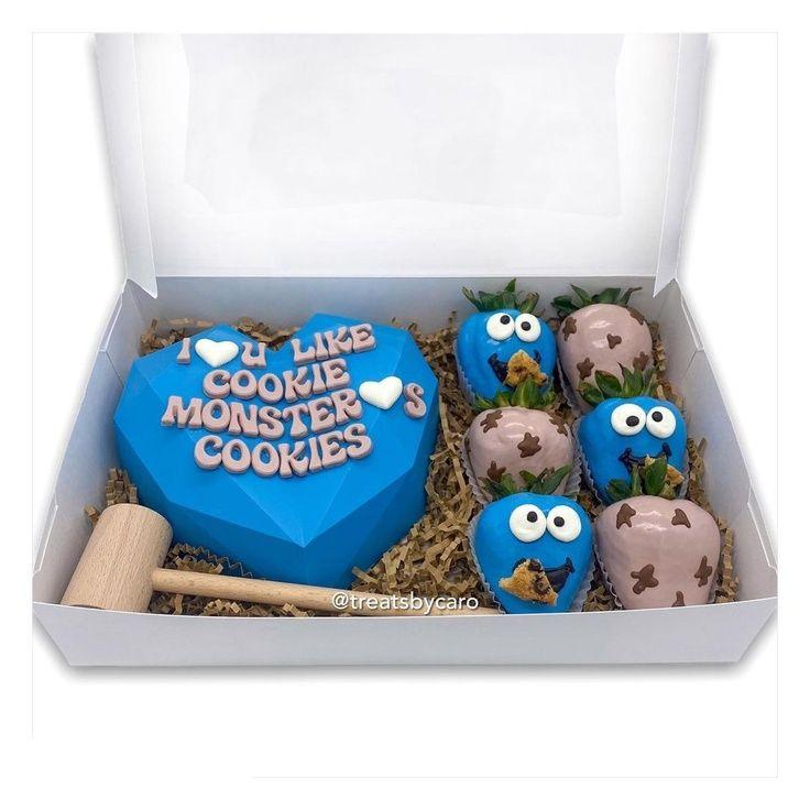 Cookie Monster Chocolate Strawberries